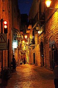 nocni-italska-ulicka